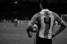 Nervo prepares for a throw in (ARG-MEX)