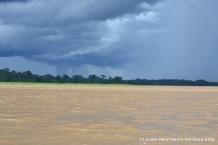 tormenta sobre el Amazonas