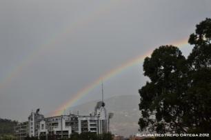 arcoiris sobre el obelisco