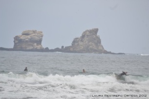 surfing en Ayampe 2