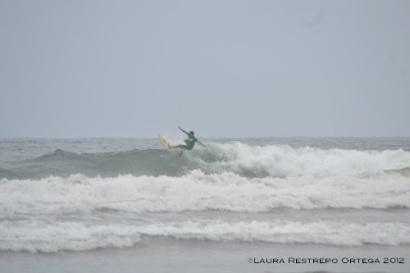 surfing en Ayampe 3