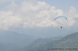 7-volando en parapente