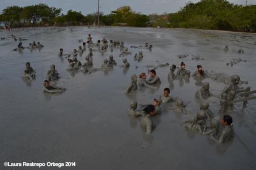 volcan de lodo - gente 4
