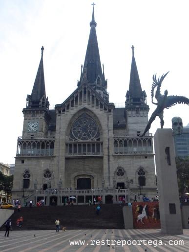 Catedral Basílica Nuestra Señora del Rosario, Manizales