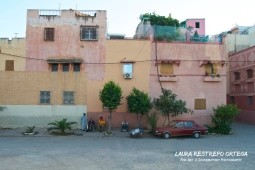 MRC13-Meknes houses pink