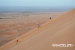 POT10-boys in Sahara Morocco