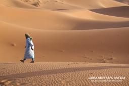 POT8-man in Sahara Morocco